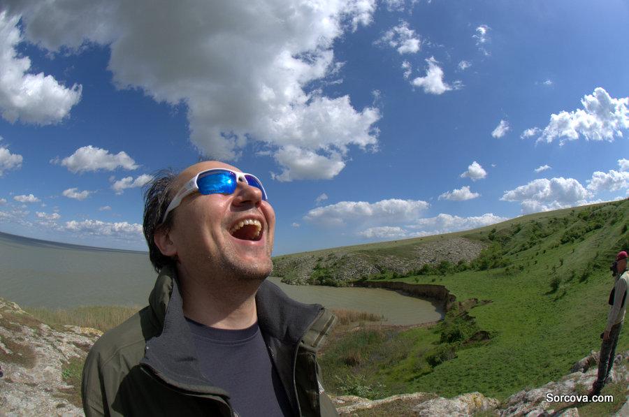 Pe macul lacului Razelm, testăm obiectivul de 10,5 fisheye al lui Mircea